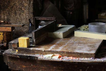 A traditional soap making atelier in Tripoli, Lebanon. 版權商用圖片