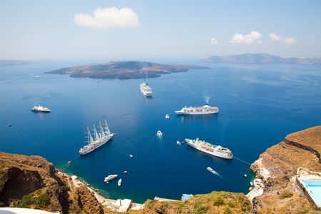 thira: Cruise ships in Thira, Santorini island, Greece