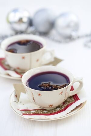 aniseed: Close-up of warm mulled wine with star aniseed for Christmas Stock Photo
