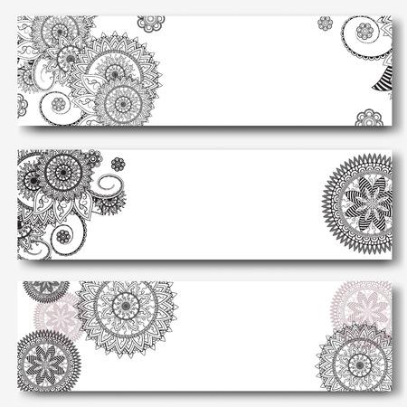Vintage Banner Vorlagen in indischen ornamentalen Stil. Dekorative Mandala. Indische, arabische Ornamente. Banner, Visitenkarte, Flyer, Einladung, Grußkarte, Postkarte. Vektor-Illustration Standard-Bild - 62982996
