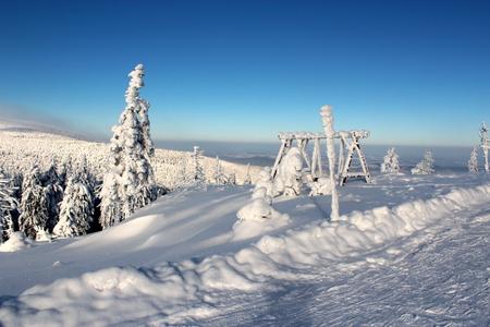 kwaśne deszcze: Snowy Pass Karkonoska seen from the hostel Revival to the Polish-Czech border.