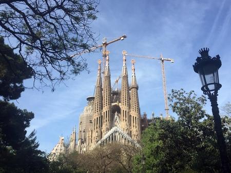 articles: Sagrada Familia facade view Editorial