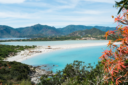 빌라 시미 우스 해변의 공중보기, 사르데냐, 이탈리아 스톡 콘텐츠 - 34617946
