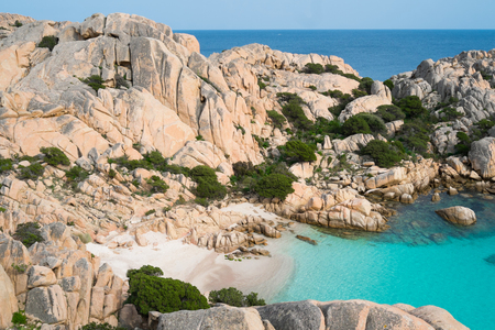Strand von Cala Coticcio in Caprera Insel, Sardinien, Italien
