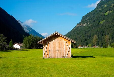 sud tirol: Hayloft in Aurina Valley, south Tirol, Italy