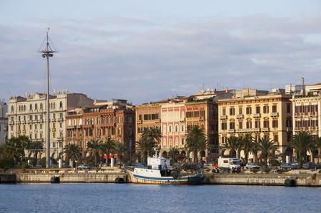 via: Via Roma, Cagliari downtown, Italy