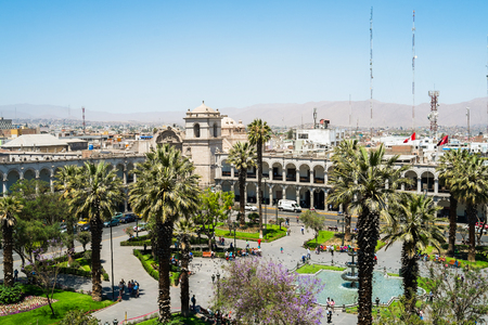 plaza de armas: View of Plaza de Armas from the Cathedral, Arequipa, Peru Editorial