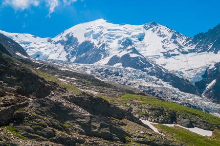 Vue du Mont Blanc de Nid d Aigle, Chamonix, France Banque d'images - 67012377
