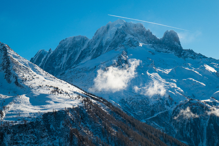 View of Mont Blanc from Argentiere in winter, Chamonix, France Standard-Bild