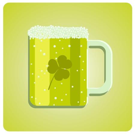 four leafed clover: Ilustraci�n vectorial de un vaso de cerveza verde con el tr�bol para el D�a de San Patricio