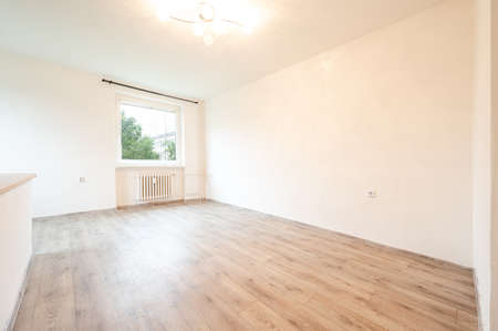 Empty room in flat, light, space.