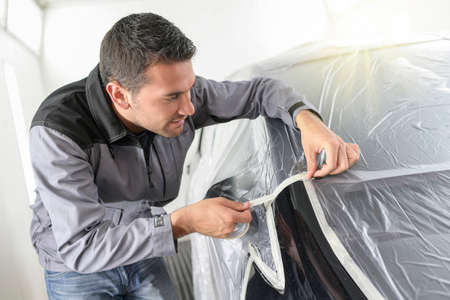 How to properly mask a car body for painting