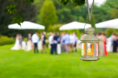outdoor wedding: wedding guest outdoor