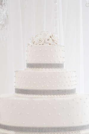 pastel de bodas: floral blanco pastel de bodas