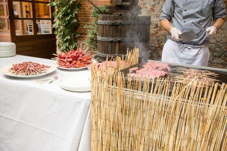 plato del buen comer: chef de cocina la carne Foto de archivo