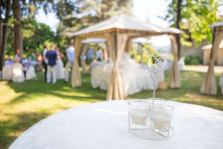 réception de mariage en plein air