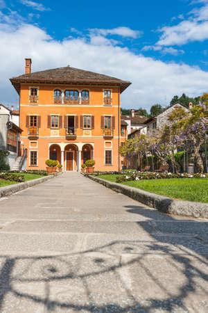 bossi: Orta San Giulio, Lake Orta, Villa Bossi municipal building,Piedmont, Italy
