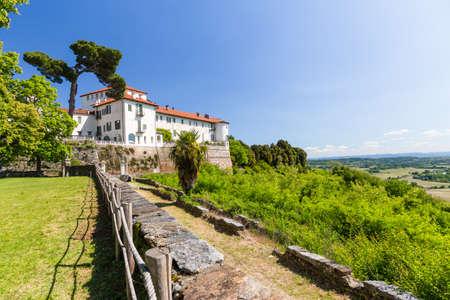 Masino Schloss in der Region Piemont, Norditalien Standard-Bild - 98366281