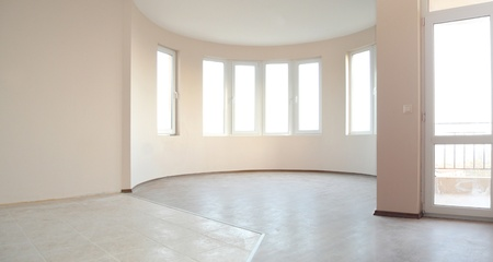 open windows: Empty newly painted room in a new constructed building