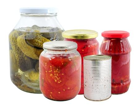 Conservación de los alimentos. Varios frascos con verduras marinadas Foto de archivo - 12355913