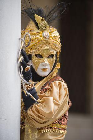 Der indische Junge auf dem Karneval