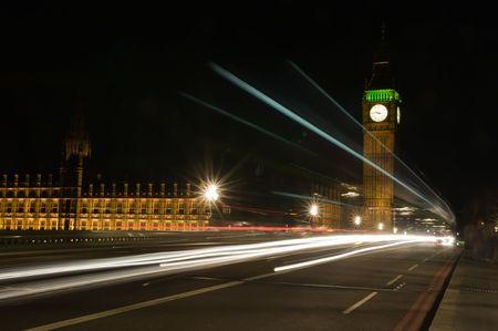 London-Nacht-Datenverkehr in Bewegung Weichzeichnen