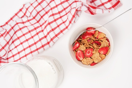 Cornflakes in a bowl seen from above