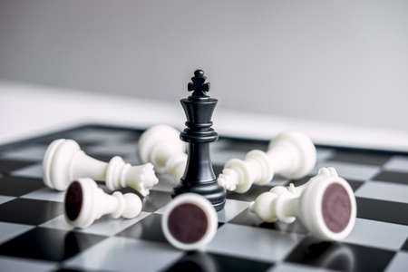 Leadership chess and thinking strategy plan about crash overthrow the opposite team and development analyze for successful. Stock Photo - 131727205
