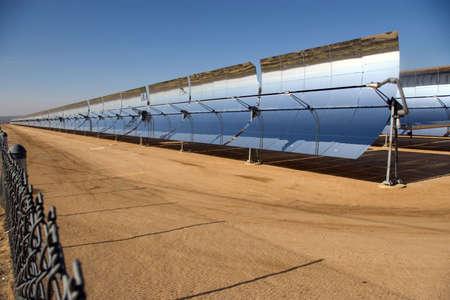 Solar power plant in the Mojave Desert. Imagens - 4768684