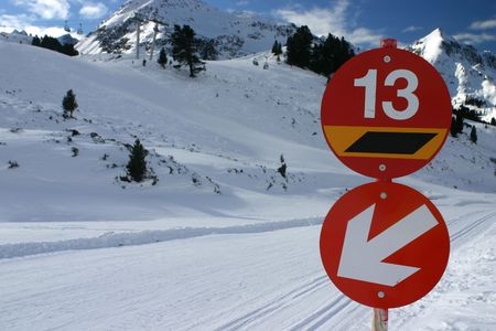 wintersport: A red ski slope with unlucky number 13...