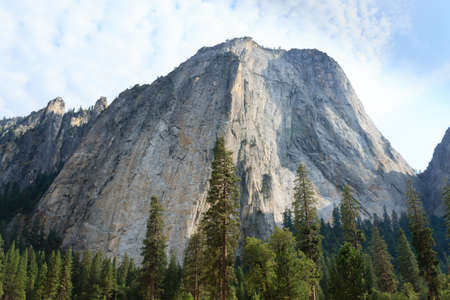 el capitan: El Capitan rock from Yosemite National Park, California USA. Geological formations.