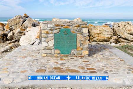 南アフリカの最南端、アルグラス岬の看板。 写真素材