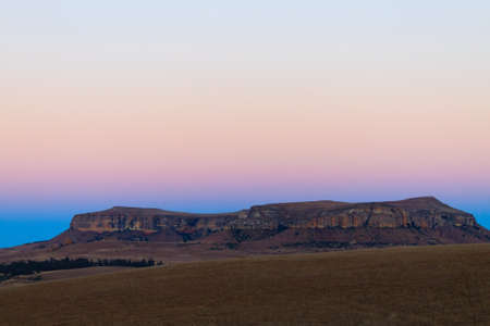 Sterkfontein Dam Nature Reserve dawn landscape, South Africa. African panorama. Drakensberg mountains Imagens
