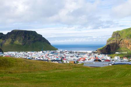 Heimaey town aerial view from Eldfell volcano. Iceland landscape. Westman Islands Archivio Fotografico
