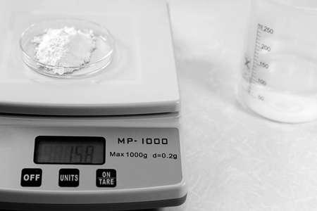 electronic balance: Electronic chemical scales Stock Photo
