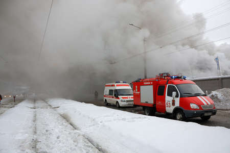 acute care: Extinguishing a fire in a winter city