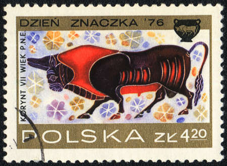 POLAND  - CIRCA  1976: A stamp printed in POLAND shows Bull, Corinthian Vase Designs, circa 1976