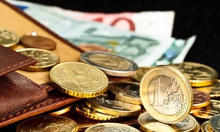 Geld  Standard-Bild - 9937213
