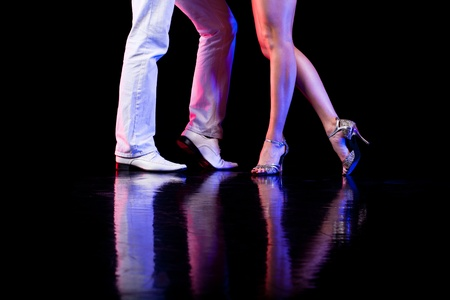 bailes de salsa: Pies de baile Foto de archivo
