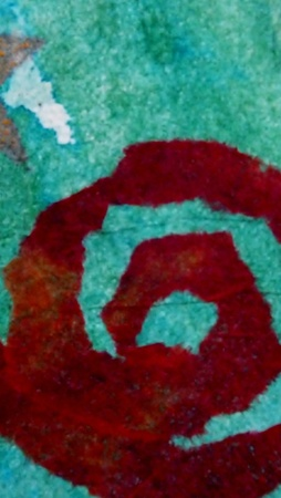red swirl: swirl rossa su sfondo blu, collage, carta velina e inchiostro Archivio Fotografico