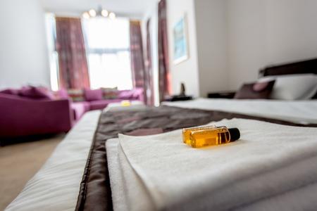 bath: Beautiful Luxurious villa interior, bedroom Stock Photo