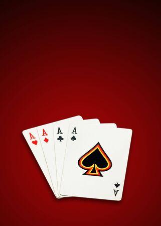 excludes: Quattro assi, poker carte su sfondo bianco, isolate, ritaglio percorso esclude l'ombra.