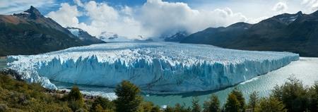 moreno glacier: Perito Moreno glacier, El Calafate, patagonia, Argentina. Panorama. Stock Photo