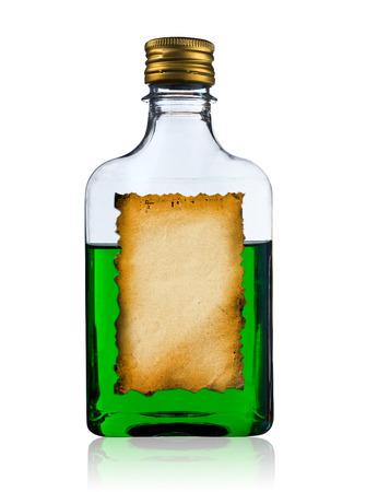 bottle liquor: Botella de licor viejo con etiqueta