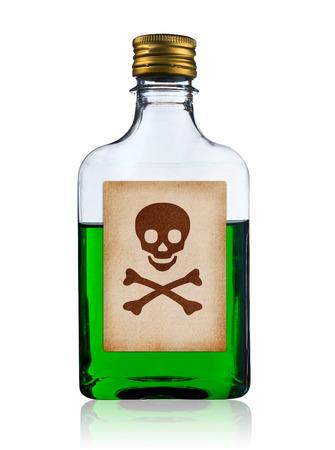 poison bottle: Botella vieja moda del veneno con etiqueta, aislado, camino de recortes. Foto de archivo