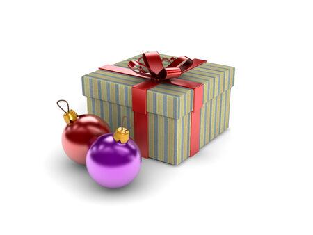 caja navidad: Caja de Navidad y adornos en el fondo blanco. Foto de archivo