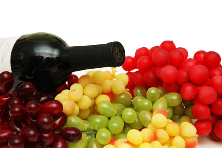 Vaus sorts of grapes with bottle of wine Stock Photo - 590531