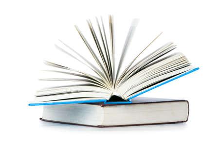 portadas de libros: Pila de libros aislados en el blanco Foto de archivo