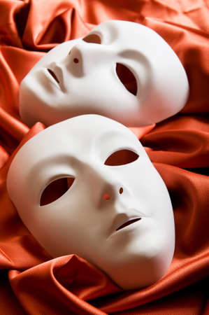 canvass: Concepto de teatro con las m�scaras de pl�sticas blancas