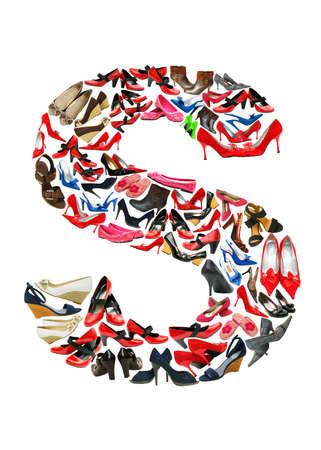 Font gemacht von Hunderten von Schuhe - Buchstabe S